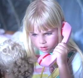 Poltergeist-2-girl-on-phone