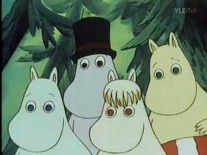 Moomin Family looks at the Alien kid