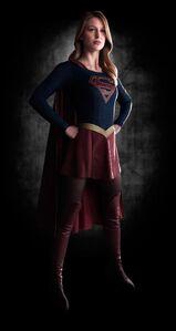 Supergirl1-1030x1940