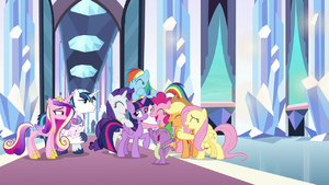 Twilight's friends surround her with love S9E1