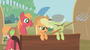 Apple family defending the farm S1E10