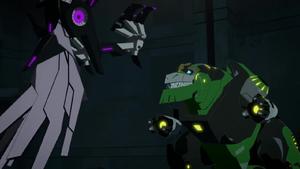 Grimlock vs. Jacknab the Crow Decepticon