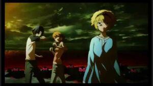 Aigis protects Minato and Yukari