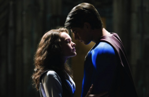 Superman gives Lois a night memory visit