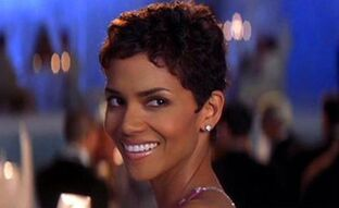 Halle-berry-as-jinx-johnson-in-die-another-day