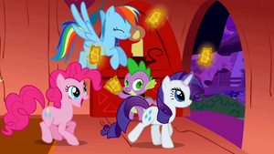 Rainbow Dash, Rarity and Pinkie Pie taking their tickets S01E03