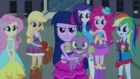 Twilight makes her stand EG