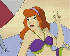 Daphne in Beach 01