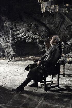 Stannis Dragonstone 2