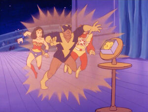 Super-friends-the-legendary-super-powers-show-1-6-darkseids-golden-trap-black-vulcan-firestorm-wonder-woman