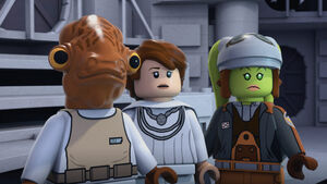 Admiral Ackbar, Hera and Mon Mothma (S2E11)