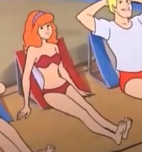 Daphne red bikini