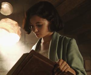 Ofelia reading a book