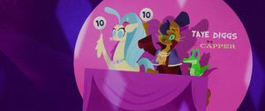 Capper giving a score of 10 MLPTM