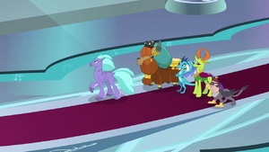 Race leaders glaring at Twilight Sparkle S8E2