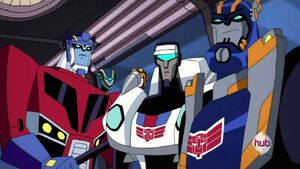 Optimus with Jazz and Sentinel (Decepticon Air)