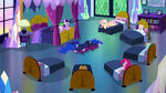 Luna sleeping in the middle of Twilight's room S5E13