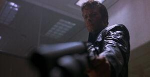 Punisher-2004-movie-review-thomas-jane-frank-castle-gun