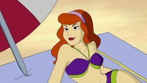 Daphne in Beach 9
