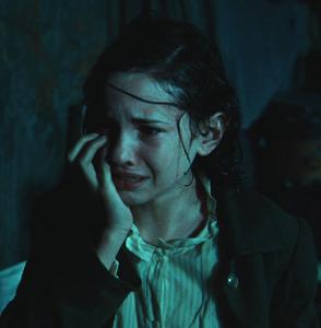 Ofelia sobbing