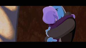 Ozzy & Leah kiss