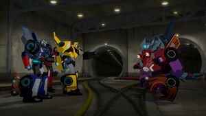 Bumblebee, Strongarm, Fixit and Sideswipe with Steeljaw and Clampdown