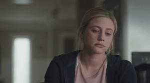 Betty-tired-riverdale-season3-episode-2-articleH-101818