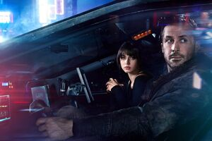 K and Joi in Blade Runner 2049
