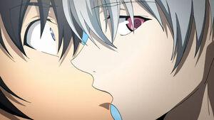 Akise kissing Yuki