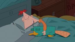 Phineas durmiendo con Perry