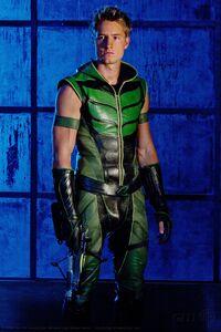 Oliver Queen Smallville 001