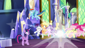 Discord pops in between the ponies S9E1