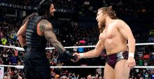 Raw-daniel-bryan-roman-reigns-shake-hands-642x330-1425329929