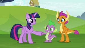Twilight Sparkle and Spike hoof-bump S8E24