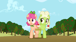 Granny Smith and Apple Rose in the 7 legged race S3E8