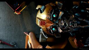Transformers-The-Last-Knight-Theatrical-Trailer-2-130