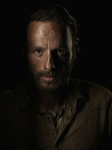 Andrew-Lincoln-as-Rick-Grimes