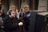 Pacific Rim BTS (del Toro and Hunnam)