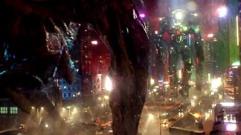Pacific Rim - Monster Mega-Brawl Clip (HD) Guillermo Del Toro