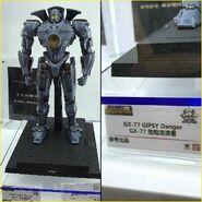 Soul of Chogokin Gipsy Danger (China Tamashii Nations Expo)-03