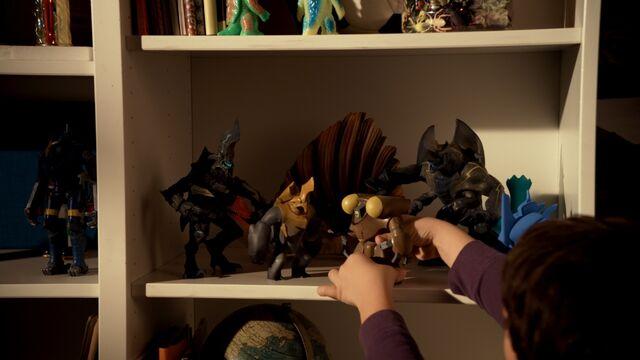 Файл:Pr-Jaeger-kaiju-toys.jpg