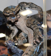 Slattern (Sideshow Collectibles)-05