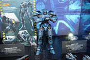 Soul of Chogokin Gipsy Danger (NYC Comic Con)-02
