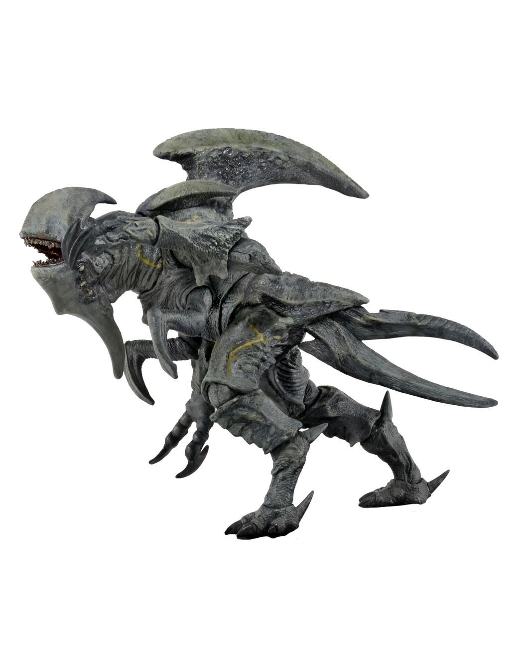 "Pacific Rim 7/"" Scale Ultra Deluxe Kaiju Action Figure Flying Otachi NECA"