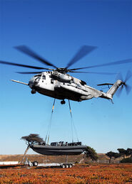 Ch-53 transportando