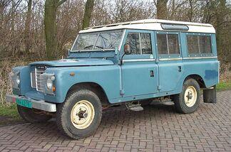 Land Rover 109 lwb 1980