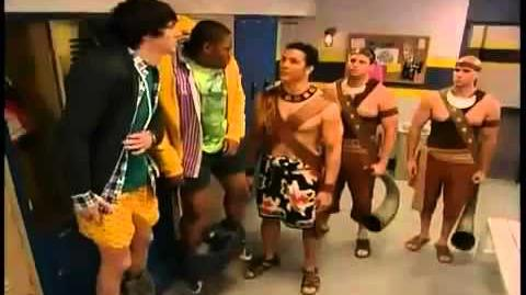 Pair of Kings S01E01 Return of the Kings Part 1