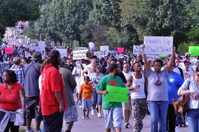 File:Ferguson, Day 4, Photo 26.png