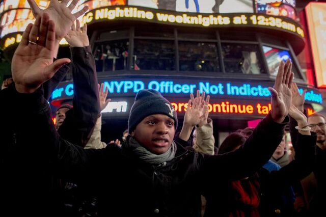 File:Garner-demonstrators-times-square.jpg