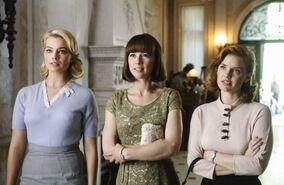 One Coin In A Fountain - 1x05 - Colette, Laura and Kate - Dress 1